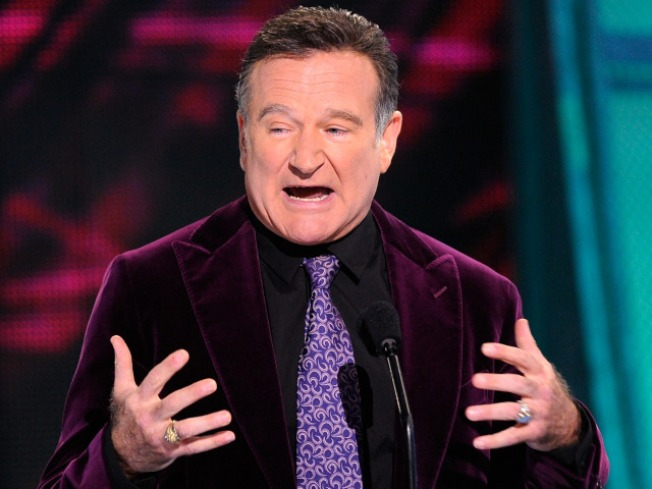 Robin Williams Glides Into Charity Show