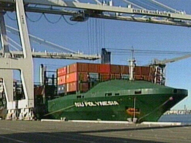 Bay Area Aid Ships Off to Samoa