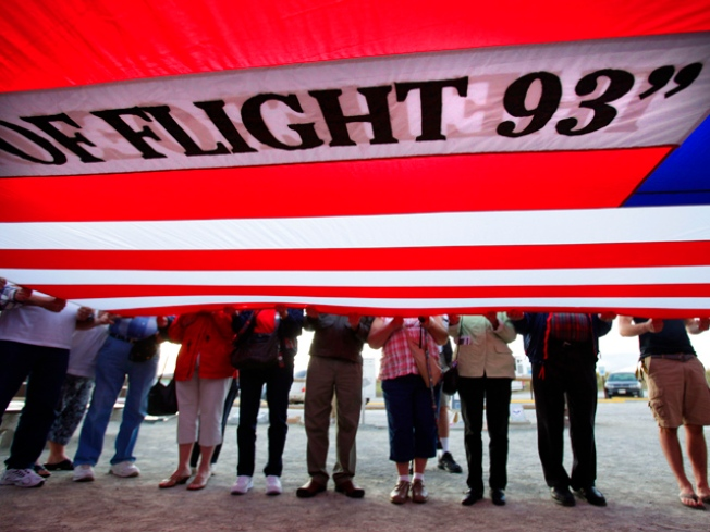 Families Gather to Remember Flight That Never Made it to San Francisco