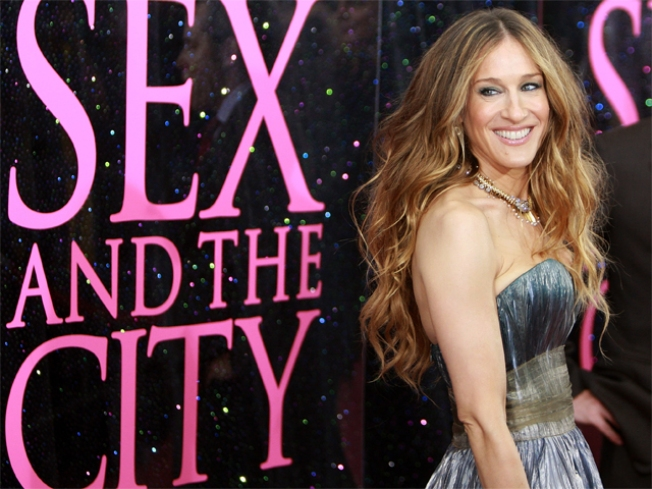 Sarah Jessica Parker & Chris Noth Film 'Sex And The City 2' In NYC