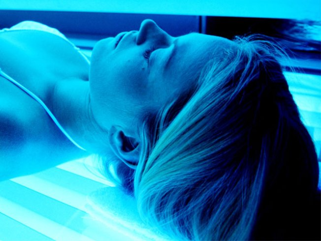 Tanning Addicts Crave Color