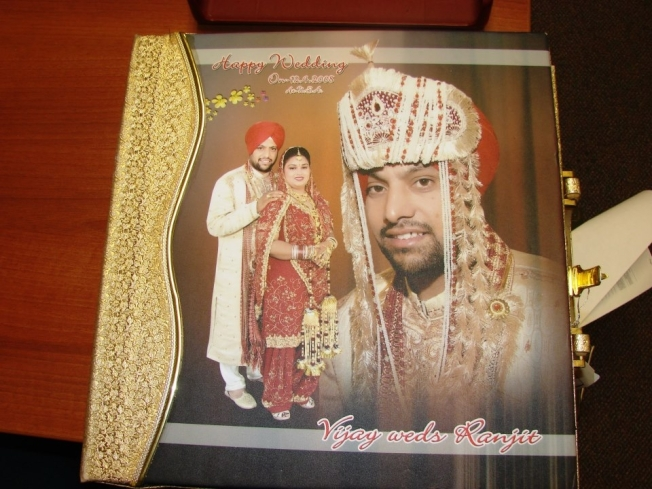 Fremont Police Try to Find Wedding Album Owners