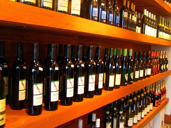 Thief Takes Big Rig Loaded With $50,000 in Wine