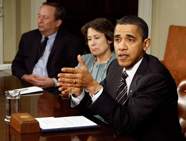 """Obama: Economy  Shows """"Glimmers of Hope"""""""