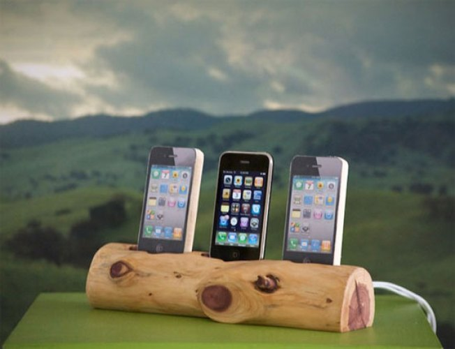 10 Handmade Tech Accessories for Crafty and Thrifty Geeks