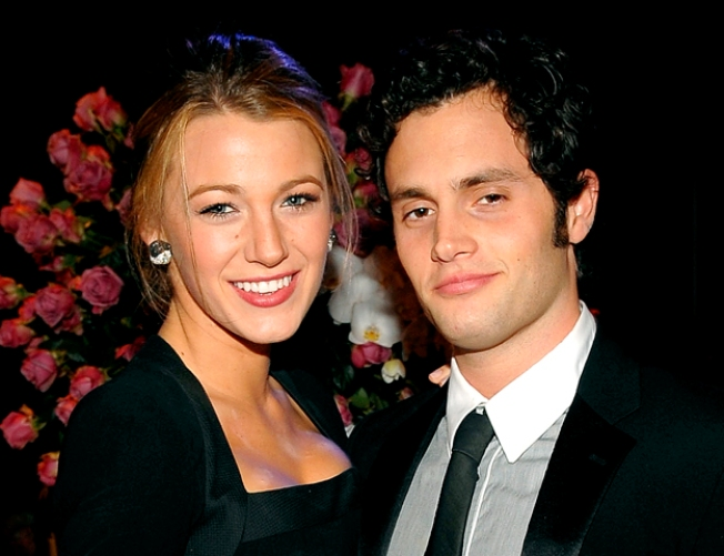 """Gossip Girl"" Stars Blake Lively, Penn Badgley Call it Quits"
