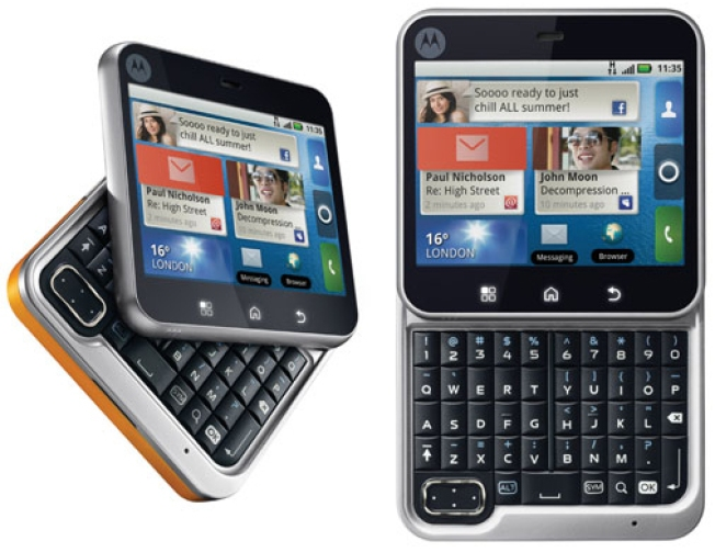 Motorola Flipout: Are Twisty Phones the New Black?
