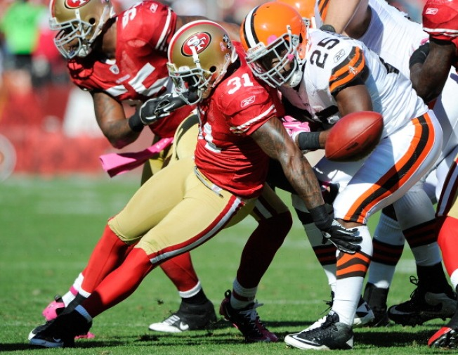 49ers Donte Whitner Becomes a Student at San Jose State