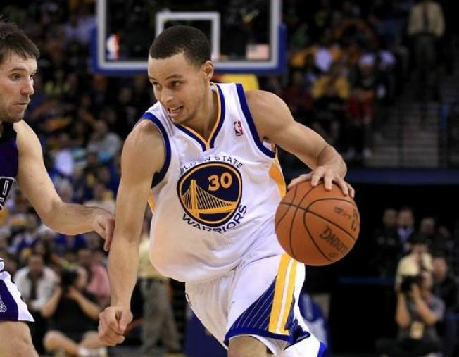 Warriors' Curry Suffers Another Ankle Sprain