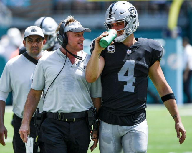 Carr Finally Has Luxury of Staying in Same System