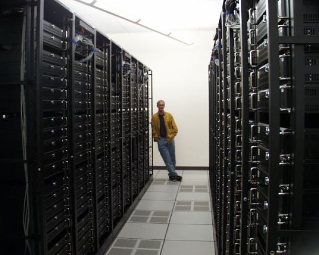 Need a Server? Wikipedia Is Giving Away the Farm