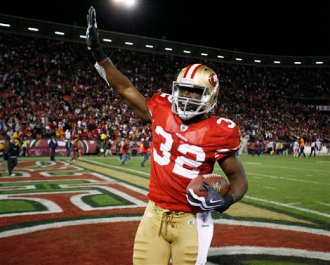 49ers Eke Out Win Over Bears
