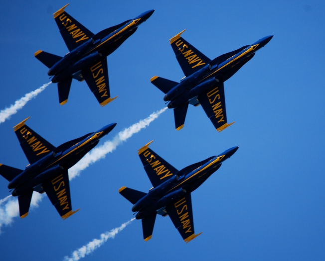 Blue Angels To Roar Over Bay Beginning Thursday