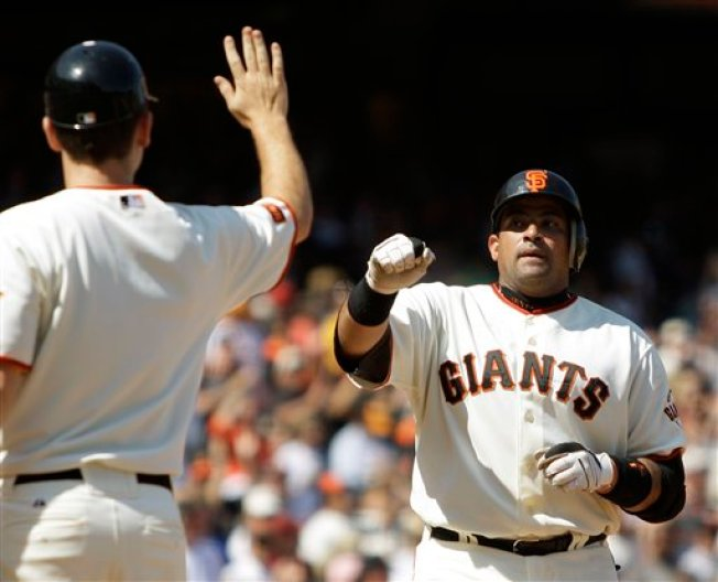Giants Take Two of Three in Cincinnati