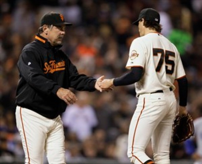 Dodgers Deal Blow to Giants