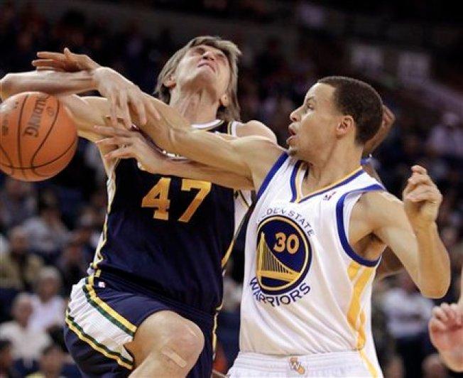 Warriors Snap Losing Streak.