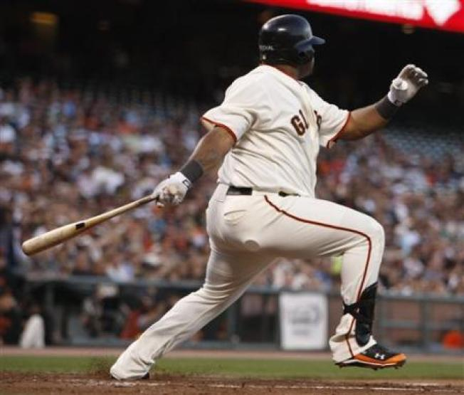 Giants Pound Reds; Tied for Wild Card Lead