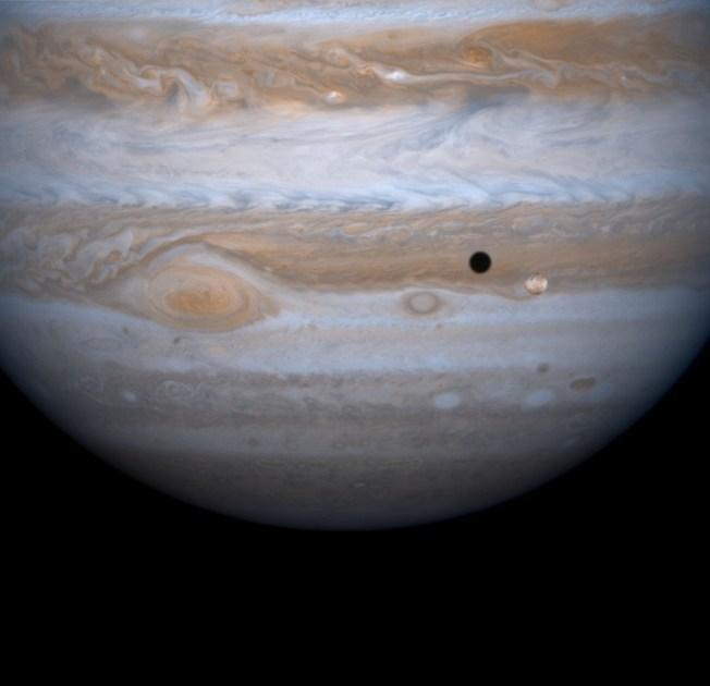 Jupiter Moon's Ocean is Rich in Oxygen