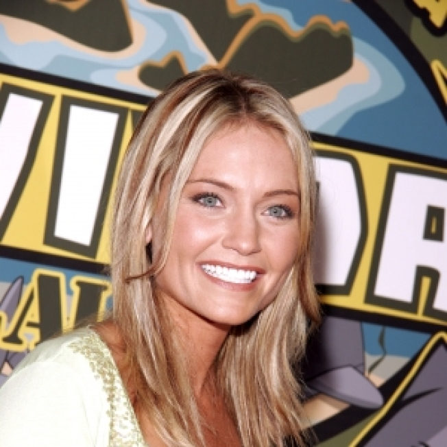 """Survivor"" Star Jennifer Lyon Dies"