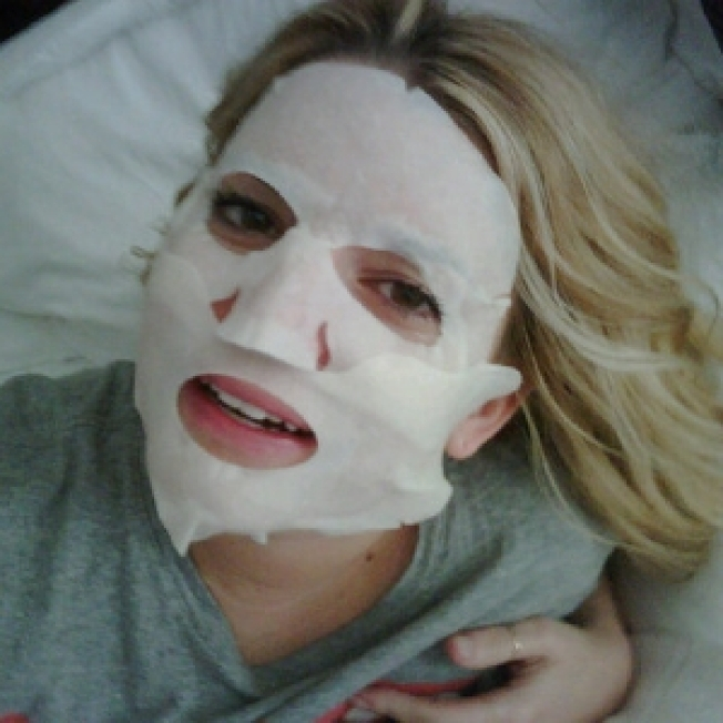 Jessica Simpson's Pricey Facial