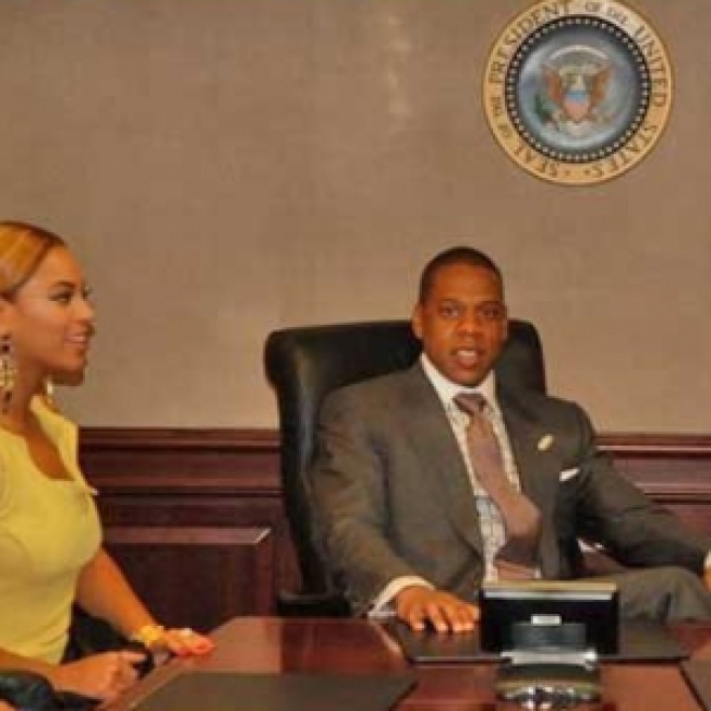 Jay-Z & Beyonce Visit The White House