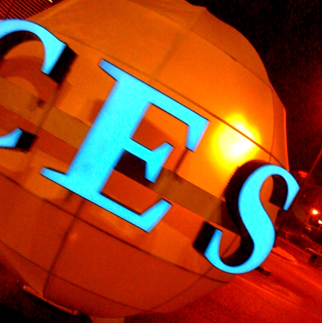 Scott Budman Blogs Live from CES