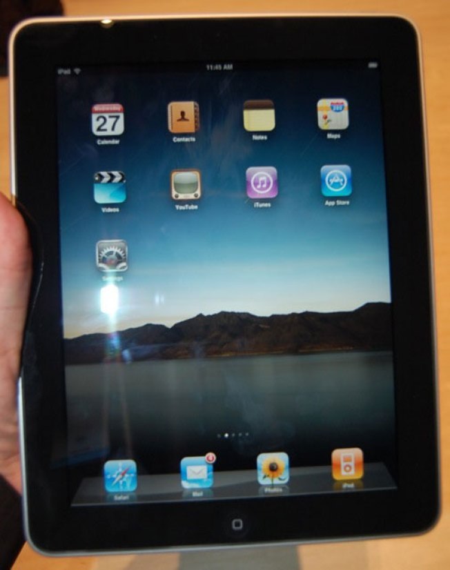 Hands-On With the Apple iPad