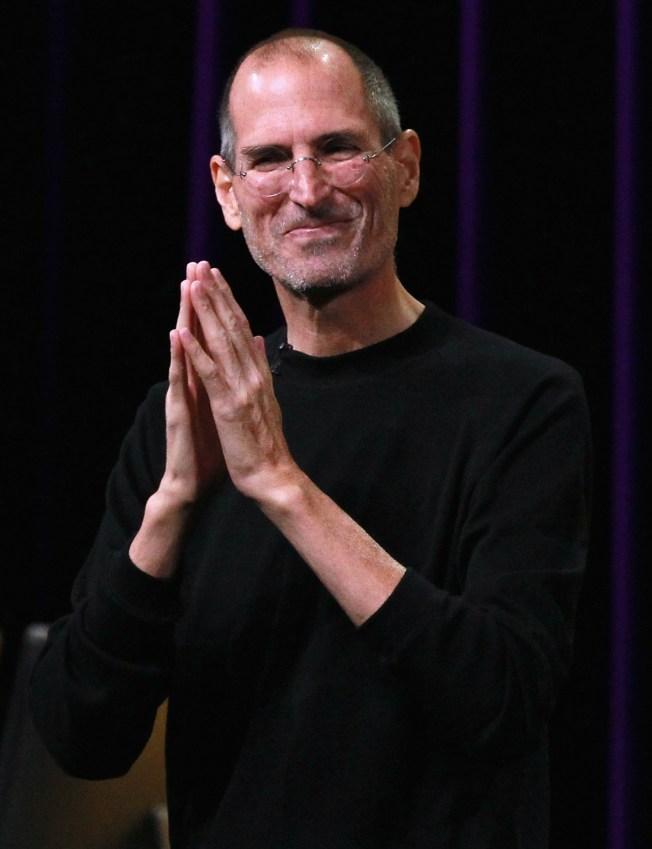 Steve Jobs Gets Presidential & British Props
