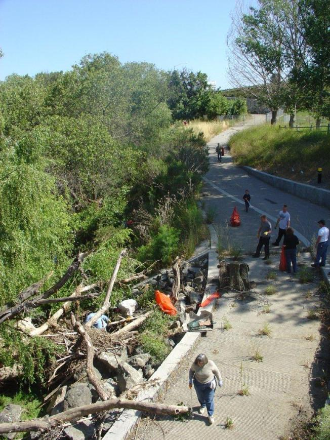 Guadalupe River Clean Up!  Volunteer on Feb 25