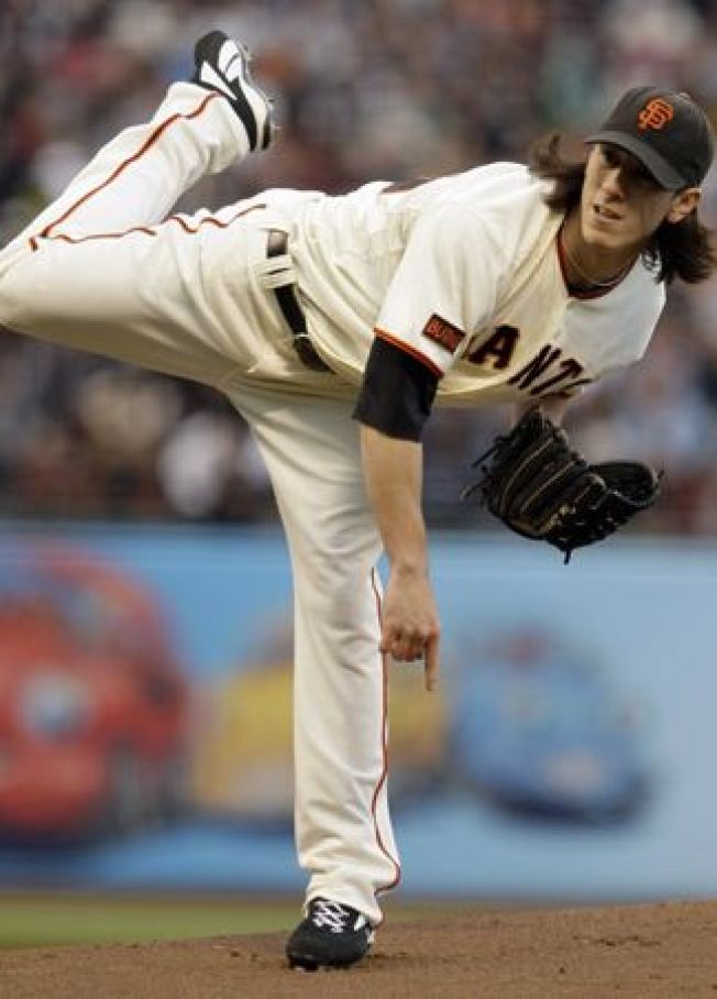 Lincecum Loses Again; Cubs Beat Giants