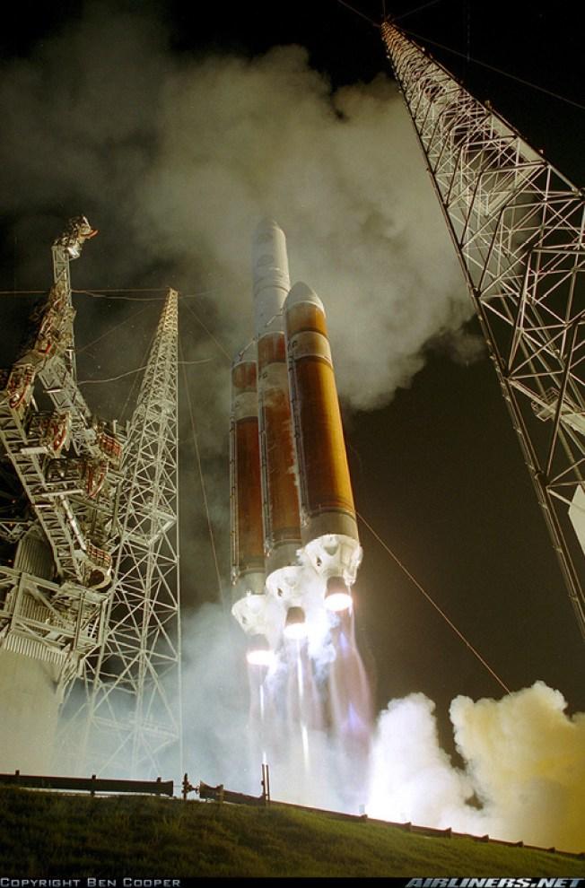 World's Tallest Rocket Roars Away