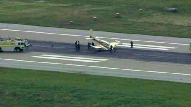 Small Plane Makes Emergency Landing at San Jose International Airport