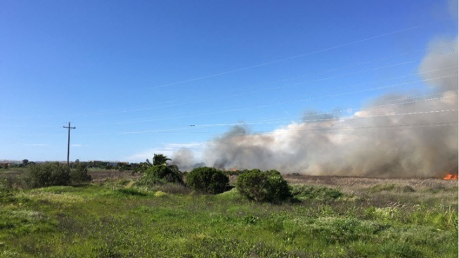 Grass Fire May Have Started in Menlo Park Homeless Encampment
