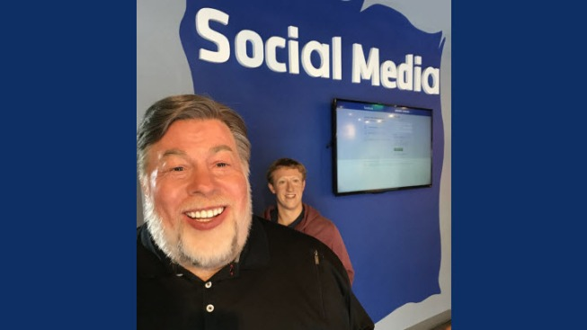 Madame Tussauds Exhibit Features Apple Co-Founder Wozniak Turning Back to Facebook CEO Zuckerberg
