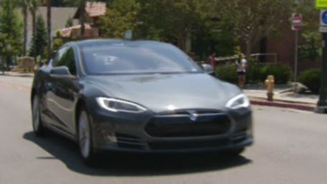 Petition: Sell Tesla Cars Straight to the People