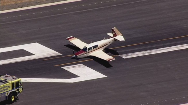 Small Plane Makes Emergency Landing at Hayward Airport