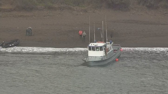 15 People Rescued From Sportfishing Vessel in Marin Headlands