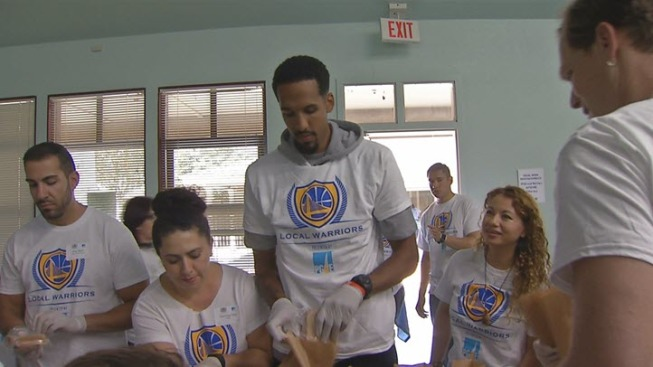Warriors Player Shaun Livingston Joins Volunteers to Pack Lunches for Needy South Bay Families
