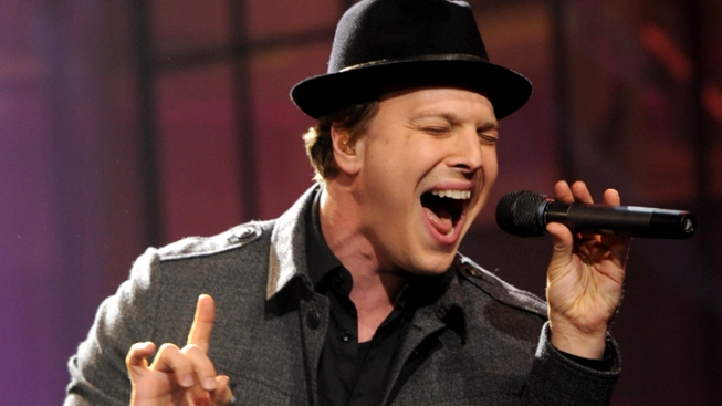 "Gavin DeGraw Talks NYC Assault: ""I Got Dinged Up & I Lived Through It"""