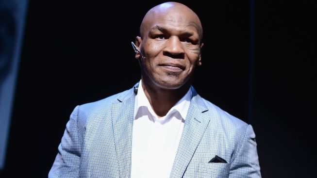 Women's Shelter Boss, Mayor Vouch for Mike Tyson