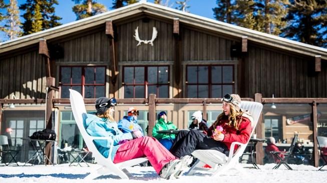 Go Snow: Mammoth Memorial Weekend Lodging Deal
