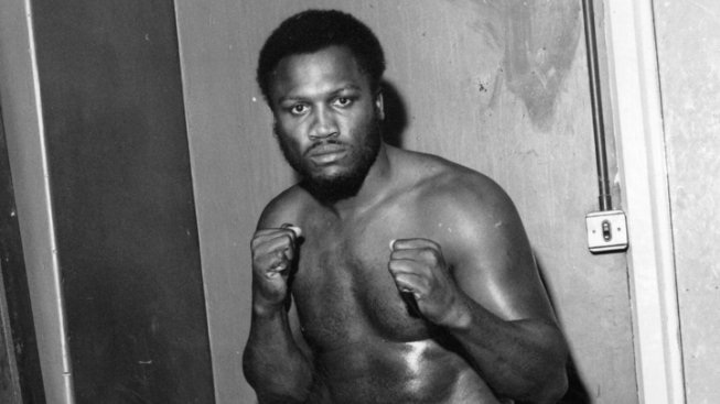 Ex-Heavyweight Boxing Legend Joe Frazier Dies at 67
