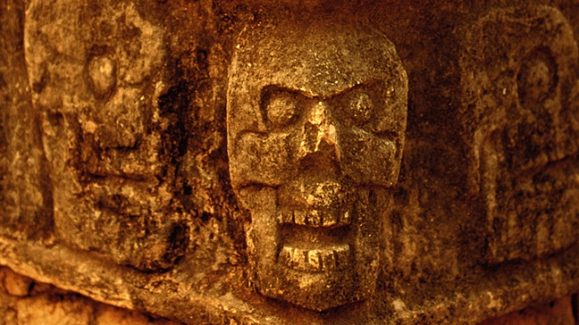 Mayan Skull Believed Magical Takes a Tumble in German Lab
