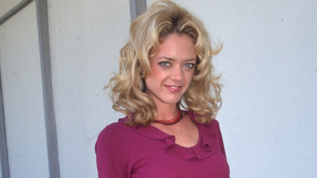 """'70s Show"" Actress Lisa Robin Kelly Dead at 43"