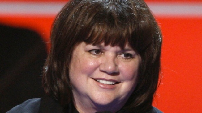 Linda Ronstadt Reveals Battle With Parkinson's Disease
