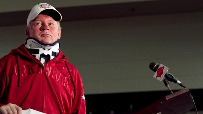 Arkansas Coach Petrino On Leave After Crash