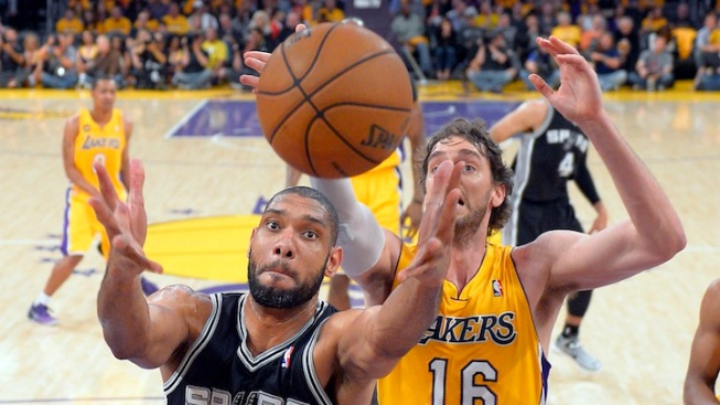 Lakers Have Worst Home Playoff Loss Against Spurs, 120-89
