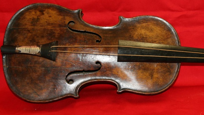 Violin Played as Titanic Sank to Go on Sale