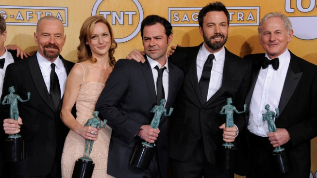 """Argo,"" Lawrence, Day-Lewis Win at SAG"