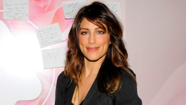 "Jennifer Esposito Slams CBS (Again) Over ""Blue Bloods"" Suspension"